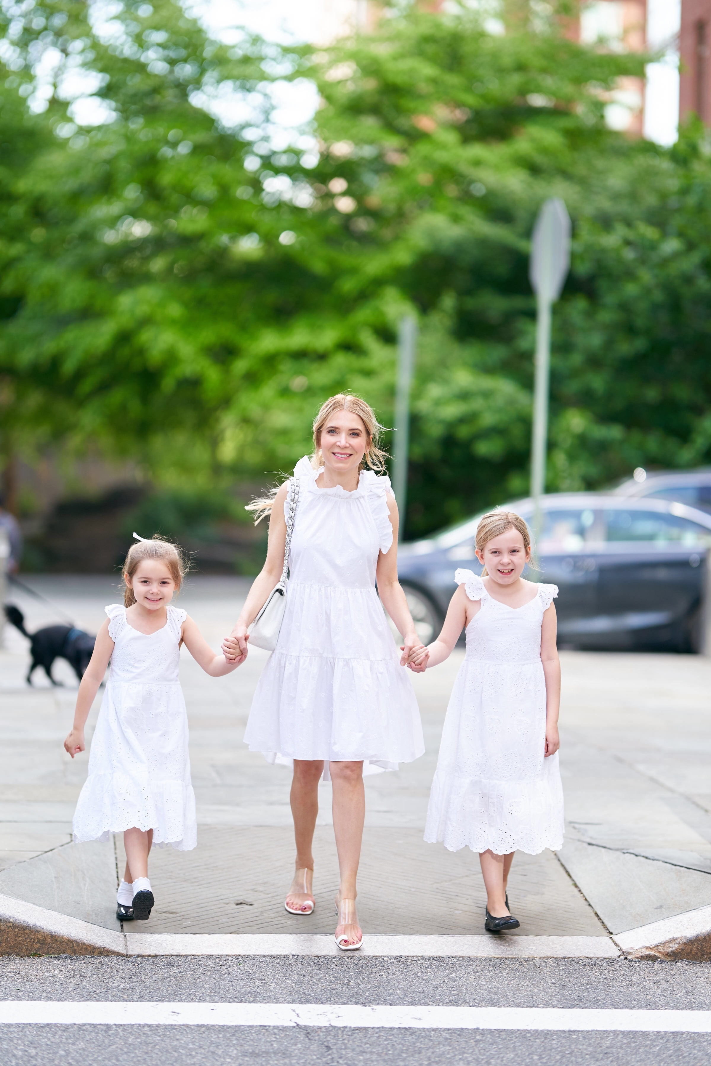 About the Outfits, Mommy daughter style, white dresses, www.abouttheoutfits.com