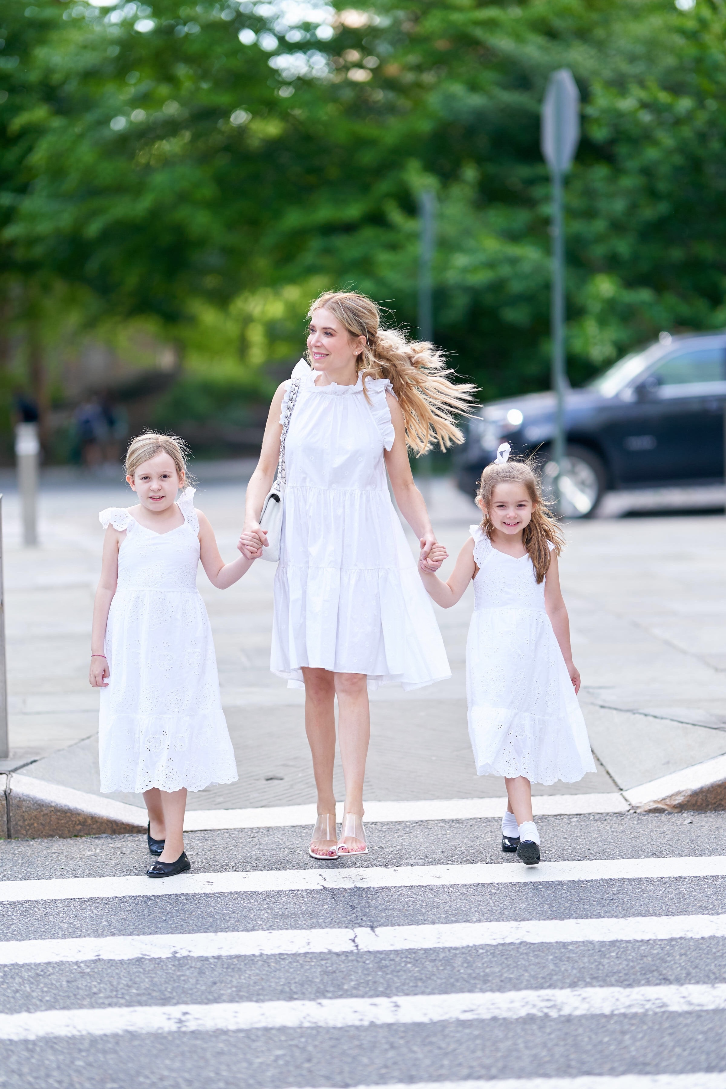 About the Outfits, Laura Bonner, Mommy daughter style, white dresses, www.abouttheoutfits.com