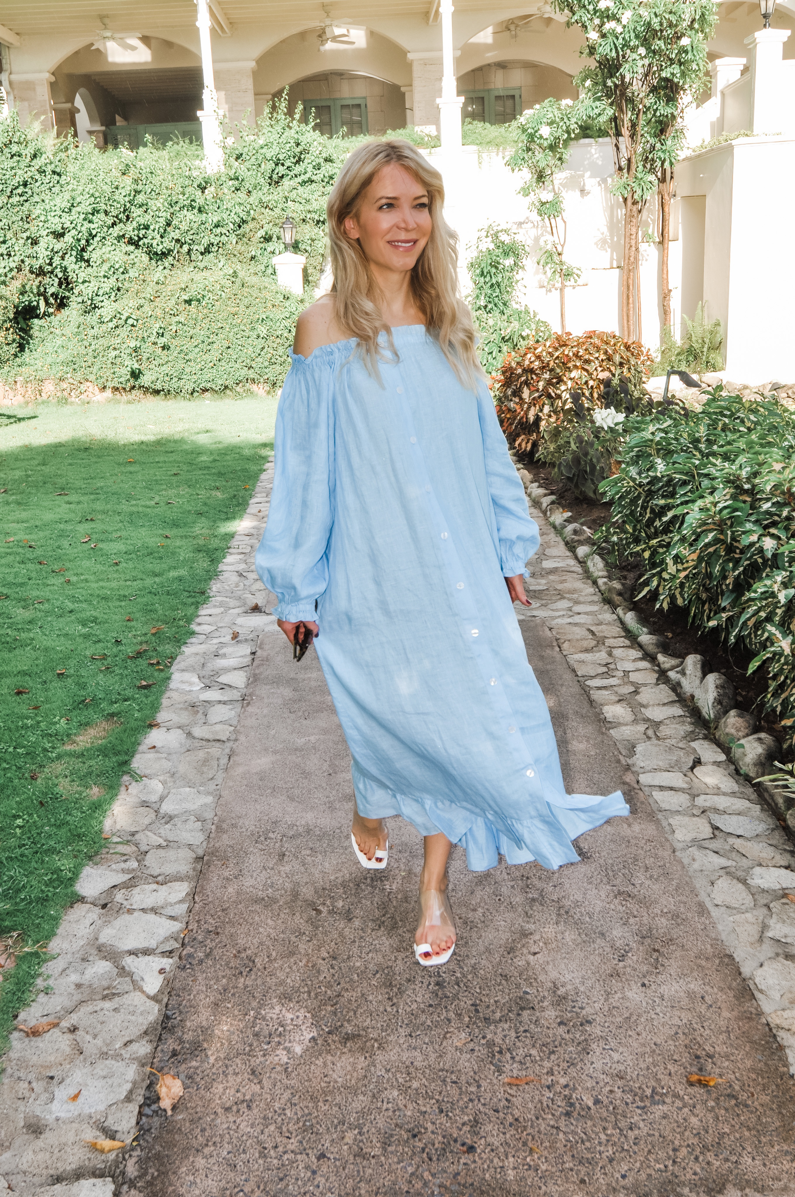 www.abouttheoutfits.com, About the Outfits, Laura Bonner, Daily Sleeper, The Sleeper, Linen summer dress, NYC fashion blogger, Sugar Beach Viceroy