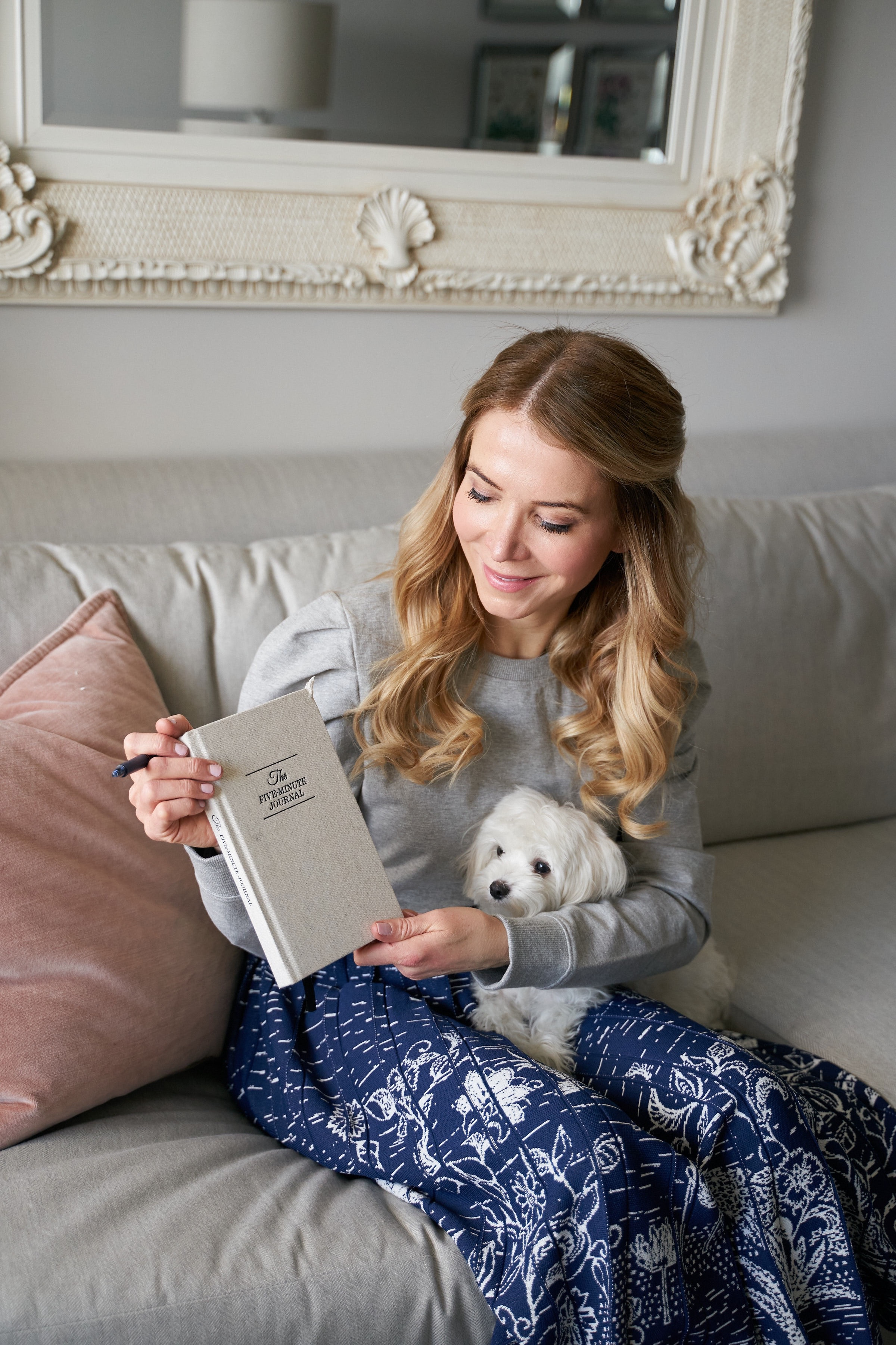 The five-minute journal; New York City fashion blogger, Maltese puppy, happiness set-point